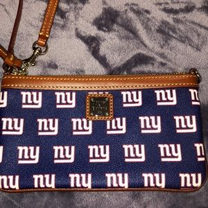 Dooney & Bourke Mew York Giants Wristlet Bag